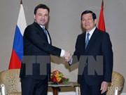 Le président Truong Tan Sang reçoit le gouverneur de la région de Moscou