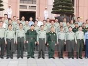 Le ministre de la Défense reçoit une délégation militaire chinoise