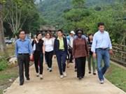 Réduction de la pauvreté : des experts de la BM à Hoa Binh