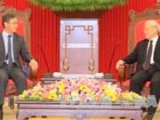 Nguyên Phu Trong reçoit le nouvel ambassadeur du Laos au Vietnam