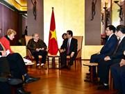 Le PM Nguyen Tan Dung rencontre le secrétaire général de l'Association d'amitié France-Vietnam