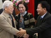 Le secrétaire général du PCV rencontre des électeurs de Hanoi
