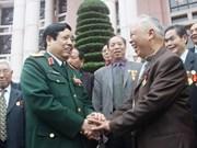 Le ministre de la Défense reçoit des vétérans chinois à Hanoi