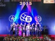 Près de 200 entreprises vietnamiennes reçoivent des certificat d'Indices fiables de marque