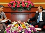 Nguyên Thiên Nhân reçoit le nouvel ambassadeur suisse au Vietnam