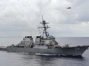 Un navire de guerre américain croise dans les eaux de Hoàng Sa