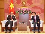 Renforcer les relations entre les députés d'amitié vietnamiens et japonais