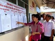 La présidente de l'AN inspecte les préparatifs des élections à Hâu Giang et Kiên Giang