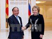 Le PM Nguyen Xuan Phuc rencontre la présidente du Conseil fédéral russe