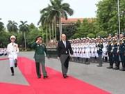 Vietnam et France renforcent leur coopération dans la défense