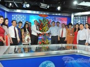Nguyen Thien Nhan félicite les journalistes et rédacteurs de VNA, VOV et VTV