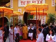 Le Premier ministre indien se rend à la pagode Quan Su