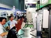 Ouverture de l'exposition internationale de l'industrie du plastique et du caoutchouc 2016