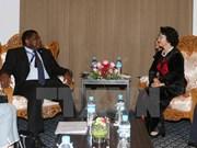AIPA-37: Nguyen Thi Kim Ngan rencontre le Secrétaire général de l'UIP