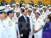 Le président rencontre des anciens combattants de la Piste Ho Chi Minh en mer