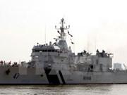 Le navire indien Samrat mouille à Dà Nang