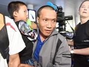 Trois marins retenus par des pirates somaliens sont arrivés à Hanoi