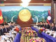 Approfondir les relations spéciales Vietnam-Laos