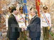 """La visite présidentielle """"renforce les relations fraternelles Vietnam-Cuba"""""""