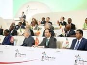 Le président termine sa tournée à Cuba, en Italie et aux sommets de l'APEC et de la Francophonie