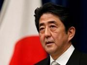 Le Premier ministre japonais et son épouse en visite officielle au Vietnam