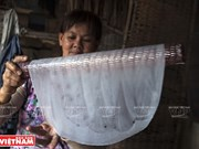 La confection des galettes de riz à Nhon Hoa