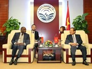 Vietnam et Angola coopèrent dans les télécommunications