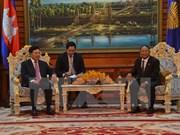 Le président de l'AN cambodgienne reçoit le vice-PM Pham Binh Minh