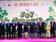 """L'Irlande organise l'événement """"verdir Hanoï"""" et la journée culturelle irlandaise"""