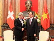 Le Vietnam prend en haute considération les relations avec la Suisse