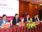 Quang Ninh : dialogue entre les dirigeants provinciaux et plus de 600 entreprises