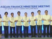 L'ASEAN s'engage à stabiliser le marché financier et promouvoir la croissance économique