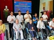 Œuvrer ensemble pour aider les handicapés