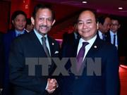 ASEAN : le PM Nguyen Xuan Phuc rencontre le sultan du Brunei