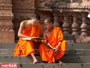 Les pagodes deviennent des écoles de khmer