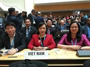 Le Vietnam estime le rôle de l'OMS dans l'élaboration des politiques de santé