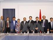 Le PM reçoit des entrepreneurs et des intellectuels d'origine vietnamienne aux Etats-Unis