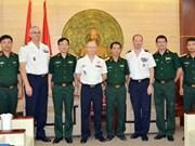 La France aide le Vietnam dans la médecine militaire