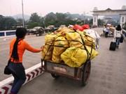 Forte croissance de l'import-export via la porte-frontière de Lao Cai depuis janvier