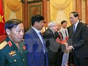 Rencontre du président Tran Dai Quang avec des soldats volontaires vietnamiens au Cambodge