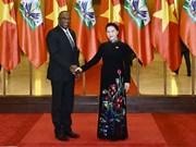 Le président du Sénat d'Haïti termine sa visite officielle au Vietnam