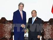 Le PM reçoit l'ancien secrétaire d'Etat américain John Kerry