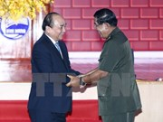 Rencontre entre les deux PM vietnamien Nguyên Xuân Phuc et cambodgien Hun Sen