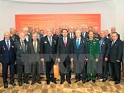 Le chef de l'Etat rencontre des amis biélorusses et des Vietnamiens en Biélorussie