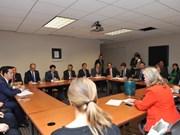 Pour promouvoir la coopération entre les localités vietnamiennes et américaines