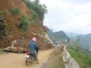 Les crues et pluies torrentielles font 12 morts dans la région montagneuse du Nord