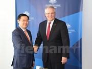 Le vice-PM Vuong Dinh Hue en visite de travail en Australie