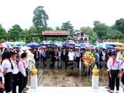 Hommage aux invalides de guerre et aux morts pour la Patrie au Laos et en Allemagne
