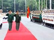 Renforcement de la coopération Vietnam-Laos dans la défense