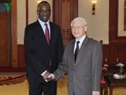 Le Premier ministre mozambicain termine sa visite au Vietnam